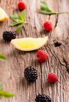 färsk ekologisk bärfrukt foto
