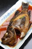 kokt fisk foto