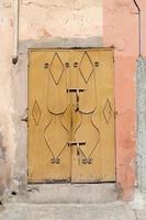 forntida traditionell arabisk arkitektur - dörr foto