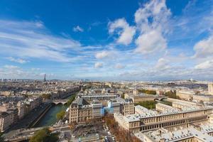 paris sett från toppen av Notre Dame foto