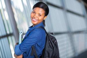ganska afroamerikansk högskolestudent