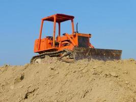 gammal bulldozer foto