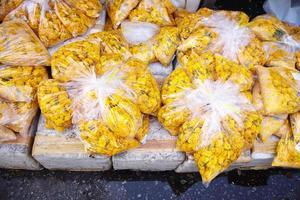 många asiatiska blommor foto