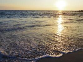 solnedgångstrand i Hawaii