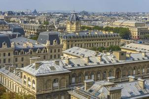 Flygfoto över Paris från Notre-Dame foto