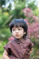 asiatisk söt liten pojke foto