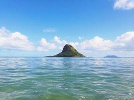 Kina mans hatt ö hav himmel foto