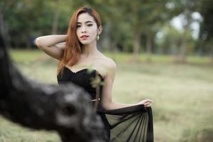 asiatisk kvinnaporträttfotografering foto