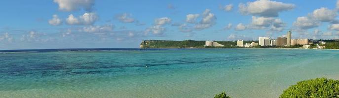 tropisk ö strandpanorama foto