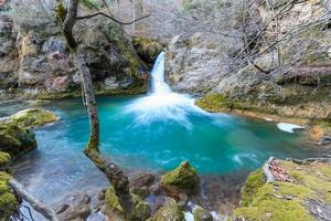 vattenfall i naturreservatet urederra foto