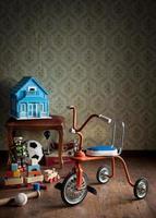 vintage färgglada trehjuling foto