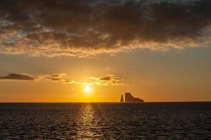 solnedgång på galapagosöarna, ecuador foto