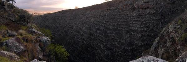 kanjon i skymningen