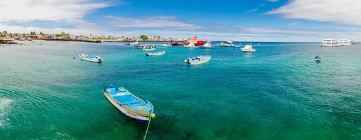 marina i san cristobal galapagos öar ecuador foto
