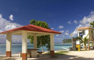 guam beach picknick är foto