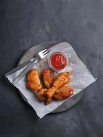 grillad kycklingben foto
