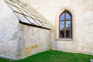medeltida kyrka foto