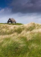 stormigt väder vid kusten - semesterhus