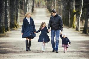familj i parken