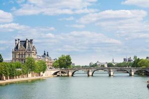 pont royal, paris foto