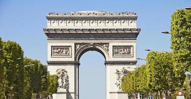 champs-elysees och arc du triomphe, paris foto