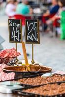 traditionell gatamat i köpenhamn, danmark foto