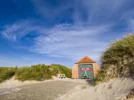 livbåtstation vid lokken stranden foto