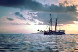 fritidsbåt vid Indiska havet foto