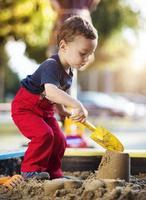 söt liten pojke foto