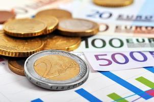 euromynt och sedlar foto
