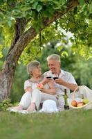 älskande äldre par foto