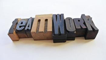 trä typ bokstäver lagarbete foto