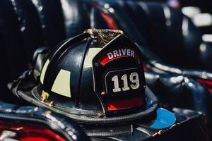 gammal brandman hatt foto
