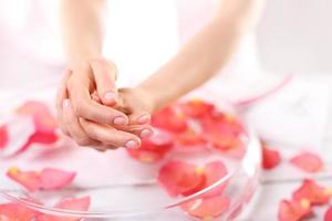 zonterapi, en mild handmassage foto