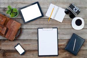 surfplatta och smart telefon foto