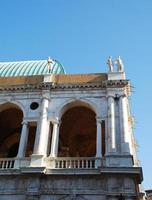hörn av basilika palladiana foto