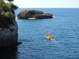 paddelbåt på ambitiös resa foto