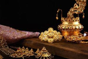 stilleben thai traditionell klänning foto