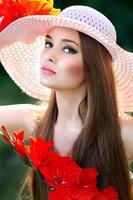 porträtt av en glamorös vacker flicka foto