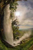 fantastiska vattenfall i Edessa, norra Grekland foto