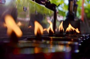 tradition och kultur i Thailand. oljelampor foto