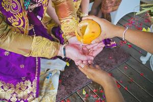 balinesiska bröllopceremonin foto