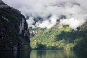 utsikt till geirangerfjorden foto