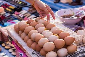 grillade bruna ägg