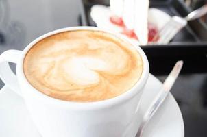 närbild varmt kaffe foto