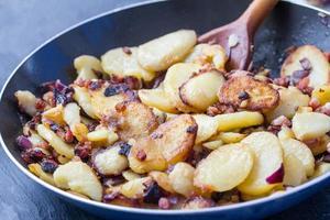 stekt potatis foto