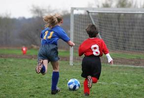 tjejer på fotbollsplan 15 foto