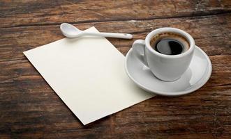kaffe och brev foto