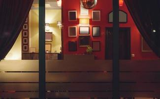 café interiör foto