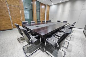 modern kontorsmötesrum inredning och dekoration foto